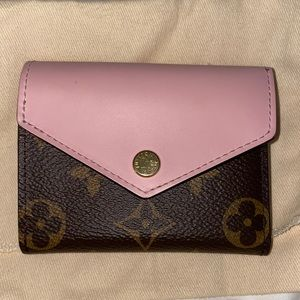 Louis Vuitton Zoé wallet